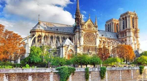 Собор-Парижской-Богоматери